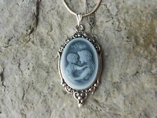 MOTHER AND CHILD CAMEO NECKLACE - MOTHER'S DAY GIFT - MOTHER GIFT - GRAY TONE