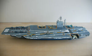 MICRO MACHINES Flugzeugträger Sea Launcher Command Aircraft