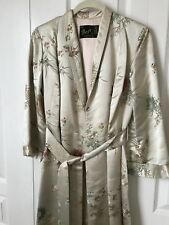 Vintage Chinese Kowloon Silk Dressing Gown Robe