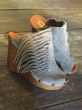 Sbicca Wedge Platform Shoes Mules Gray Suede Fringe Vintage Collection 9