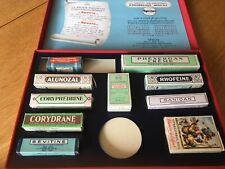 Anciennes boites publicitaire de pharmacie