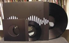 "Arctic Monkeys ""AM"" LP+7"" & Book Deluxe Queens of the Stone Age Josh Homme"