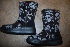 UGG Boots Skull & Crossbones Size 4 Girl I HEART KISSES SHORT 1007243 W/BSSK NIB