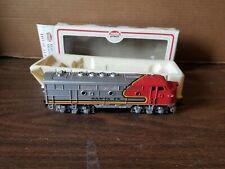 Model Power HO Scale Santa Fe F2 Locomotive 8 Wheel Drive Pickup Train Excellent