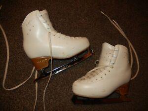 "EDEA OVERTURE ICE SKATES SIZE 220  UK 1  ""8 1/4""  FOOT LENGTH"""