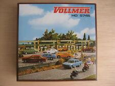 HO - Vollmer - ref.45745 o 5745 - 3 postes de gasolinera cubiertos bajo un andén