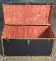 Cedar-lined Chest - Trunk - Footlocker