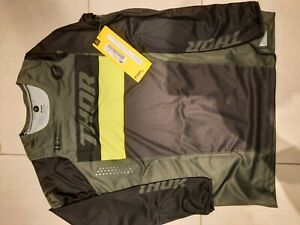 Thor Pulse Motocross Gear, Trousers 34W and Top Large, Green and New