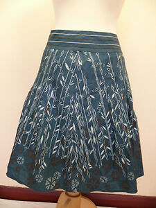 White Stuff A line Pleat front embroidered cotton skirt Size 10  RRP £49.99