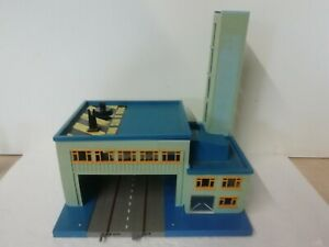 Triang Minic Motorways Fire Station - Heliport