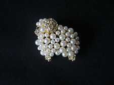 LOVELY18K GOLD PLATED WHITE PEARL AND GENUINE AUSTRIAN CRYSTAL SHEEP BROOCH