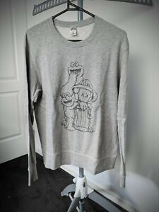 Kaws UNIQLO Sesame Street Companion Trash Can Outline Grey Sweatshirt Jumper S