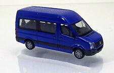 Herpa 049948-002  VW Crafter Bus Hochdach - ultramarinblau / ultramarin blue