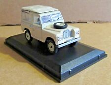 OXFORD DIECAST LAND ROVER SERIES III STATION WAGON LIMESTONE 1:43 SCALE MODEL