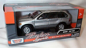 BMW X5 2001 Silver New in box 1-24 scale model Motor Max