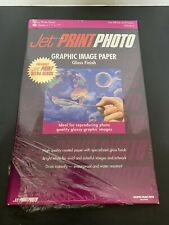 1 PACK OF 11x17 JET PRINT PHOTO GLOSSY PHOTO PAPER. 20 SHEETS AT A GREAT PRICE!