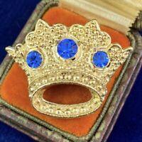 VINTAGE CROWN BROOCH BLUE RHINESTONE GOLD TONE METAL COSTUME JEWELRY PIN