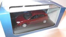 FORD Focus MK I 3 porte 3 Doors (1998-2001) in rosso red, Metallic Minichamps 1:43!