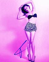 HOT SEXY PHOEBE TONKIN SIGNED 8X10 PHOTO AUTHENTIC AUTOGRAPH THE ORIGINALS COA B