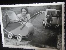 ORIG. foto 1951 carrozzina Photo Agfa-Brovira accese slitta Carrello Bambole