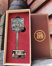 Disneyland Paris DLP - Big Thunder Mountain BTM Train - Key Clé Schlüssel Clef