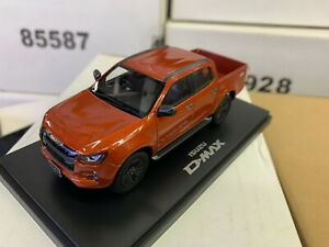 1/43 Scale ISUZU D-MAX Pickup 2021 Orange Diecast Car Model Toy Collection