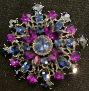 Vintage Multi Color Stone Brooch  Pin Jewelry STUNNING! Snowflake Shape