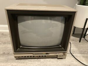 Commodore 64 video monitor Model 1701 Tested Working!