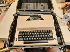 Sears 'The Electric 2' w/ auto correction Typewriter Model 161 53151 w/ case