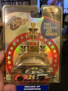 Winner's Circle #24 Du Pont Jeff Gordon 2001 Decade Of Champions 1:64 2003