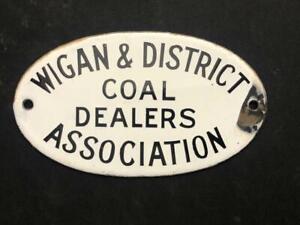 WIGAN & DISTRICT ENAMEL SIGN RAILWAY WAGON PLATE COAL DEALERS SUPPLIERS BADGE