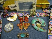 Lot - Brooches - Pins -- Great Addition To Collect - Danielle's Door