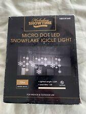Holiday Showtime 150-Light Warm White Micro Dot LED Snowflake Icicle Light
