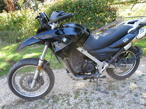 COMPLETE SET OF WHEELS YEAR 2009 WRECKING BMW G650GS  ONLY 40000 KM.
