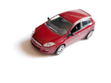 FIAT BRAVO 5 porte 5 Doors en Rouge Rouge Rosso ROJA Red Metallic, NOREV en 1:43!