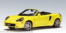 TOYOTA MR2 SPYDER YELLOW LEFT HAND DRIVE by AUTOart 1:18 NEW LOWER SALE PRICE