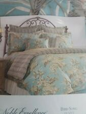 King Size Noble Excellence Duvet Cover, Euro Shams and Accent Pillow