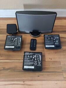 Bose SoundDock Portable Digital Music System  (N123)  Bundle