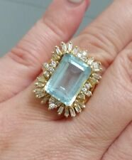14 KT. Y.G.DIAMOND & BLUE TOPAZ RING 20 TAPERED BAGUETTES 12 ROUNDS 10.74 GRAMS