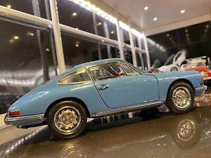 1/18 CMC 1964 Porsche 901 Sport coupe Mint In Box 1p Start No Reserve.