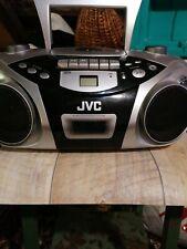Kassettenrecorder mit Radio und CD FACH. Gebraucht. Das Gerät funktioniert...