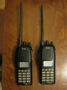 Coppia 2 Ricetrasmittenti portatili professionali ICOM IC-F41GTMT PMR446 430MHZ