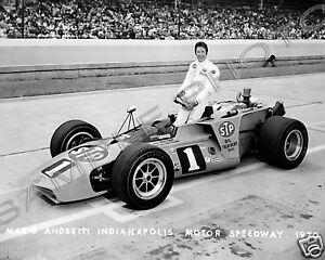 MARIO ANDRETTI 1970 INDIANAPOLIS 500 8X10 PHOTO BW