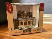 Rare RETIRED 2004 Lemax Caddington Village Oliver House Porch Farmhouse NIB