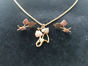 Black Hills Gold 10k Two Tone Leaf Necklace Earrings Set