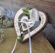 Ringkissen Herz Holzherz mittig weiße Calla Ringhalter für Eheringe mit Namen