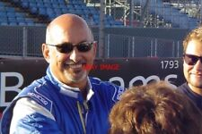 PHOTO  SILVERSTONE 09 AMERICAN RACING LEGEND BOBBY RAHAL PUT IN A STERLING DRIVE