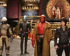 Hellboy 2 : The Golden Army [Cast] (33009) 8x10 Photo