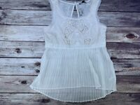 American Eagle Outfitters Women's Ivory Sheer Pleated Sleeveless Top XS NEW