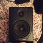 SINGLE M-Audio Studiophile BX5A broken for parts